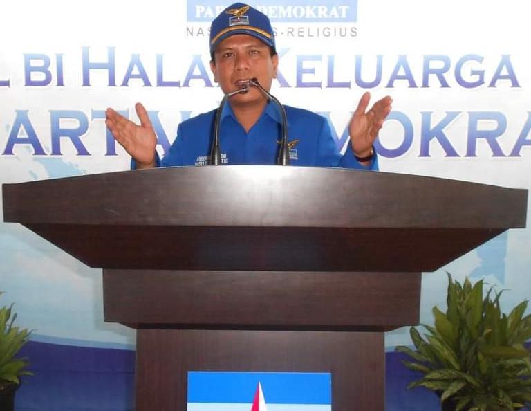 Abednego Panjaitan Sekretaris DPC Partai Demokrat Kabupaten Tapanuli Tengah Periode 2011-2016