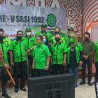 Majelis Pertimbangan Organisasi (MPO) Sudiarto menyerahkan Pataka kepada Ketua Umum SBSI 1992 periode 2021-2026 Abednego Panjaitan, Minggu (24/10/2021) di Gedung Mula Kota Tua, Jakarta